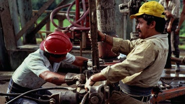 What Substances Make up Crude Oil?