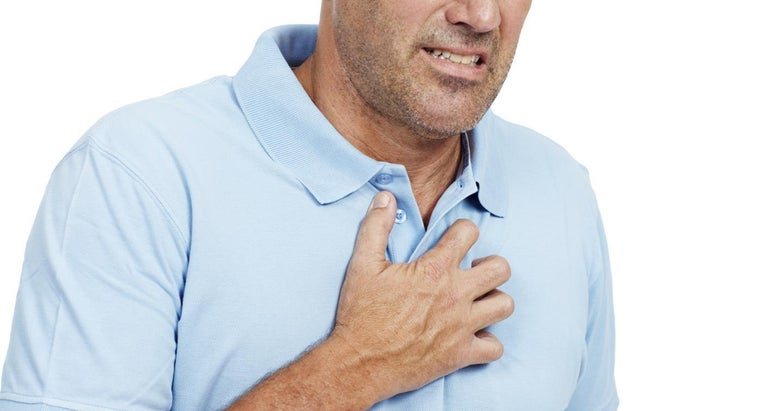 What Are the Symptoms of Heart Blockage?