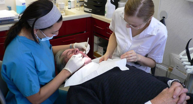 What Are the Symptoms of an Infected Wisdom Tooth?