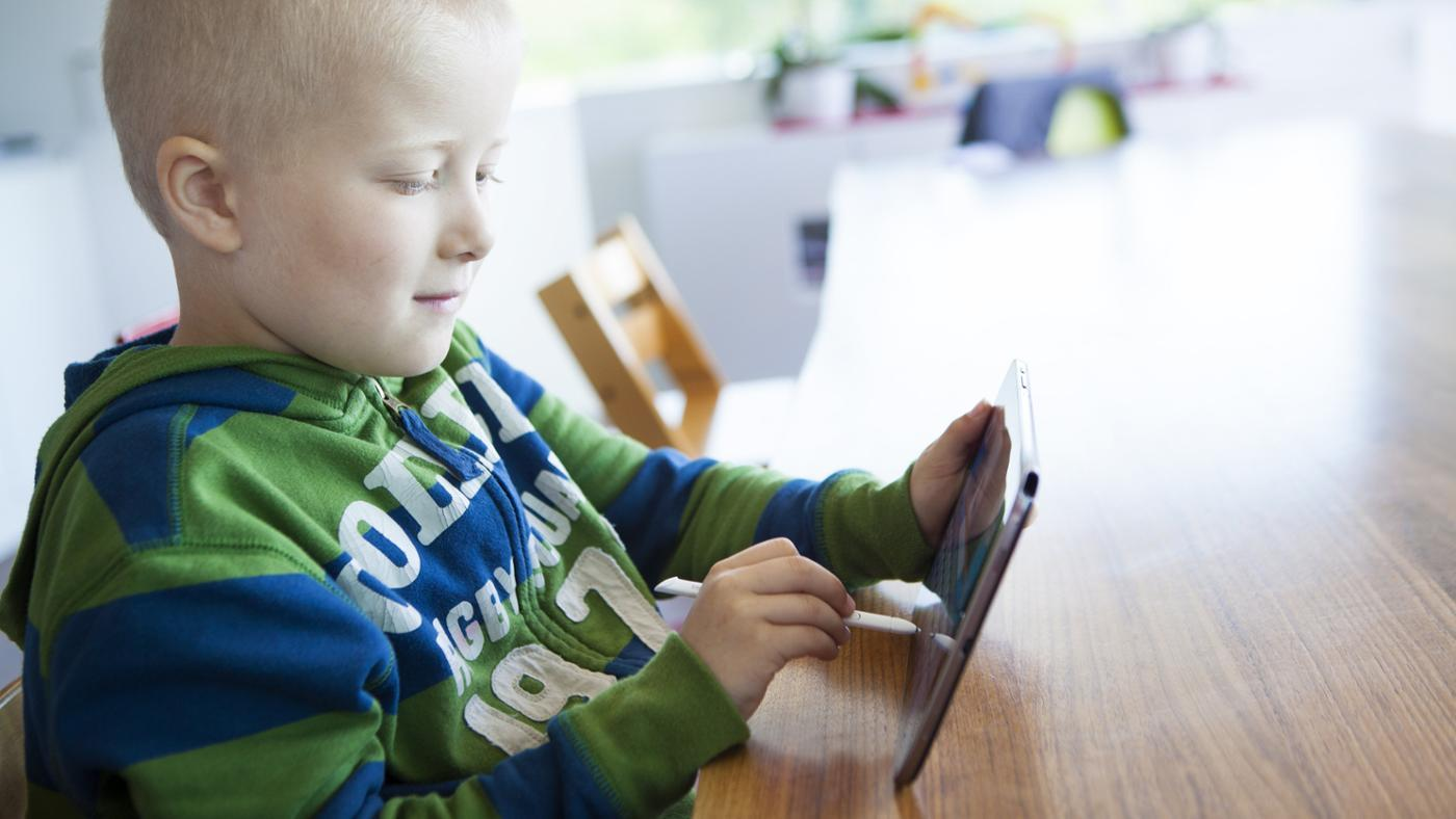 What Are the Symptoms of Leukemia in Children?