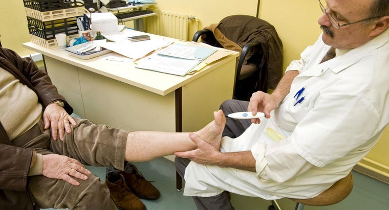 What Are the Symptoms of Peripheral Neuropathy?