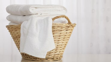 What Temperature Is Best for Washing Whites?