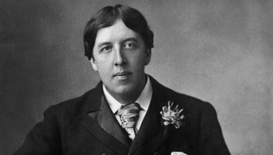 """What Themes Are Expressed in """"The Happy Prince"""" by Oscar Wilde?"""