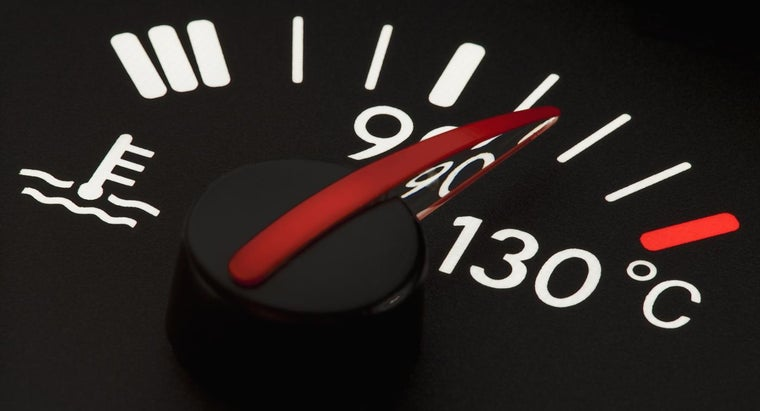 What Things Cause a Car's Temperature Gauge to Increase?