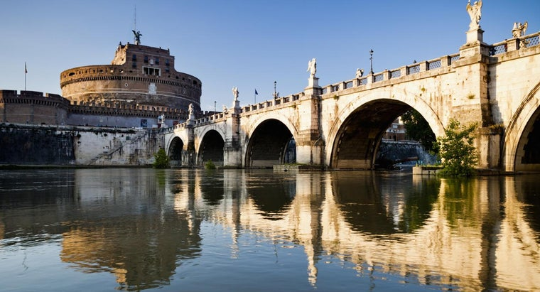 What Are the Three Main Rivers in Italy?