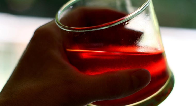 What Are Three Ways to Dissolve Kidney Stones With Cranberry Juice?