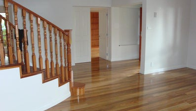 What Are Some Tips for Buffing Wood Floors?