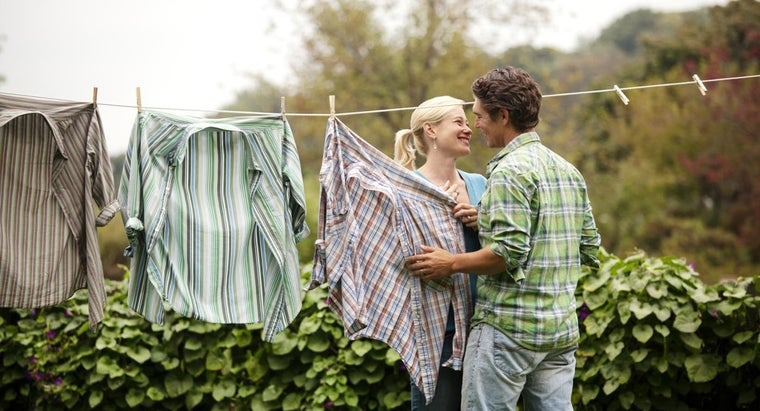 What Are Some Tips for Doing Laundry?
