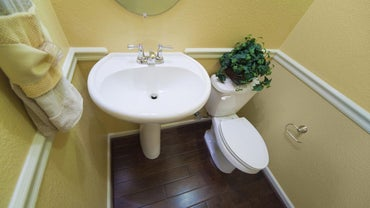 What Are Some Tips for Small Bathroom Makeovers?