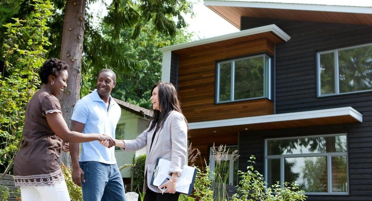 """What Does """"qualifying a Buyer"""" Mean?"""