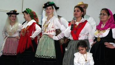 What Is Traditional Portuguese Clothing?