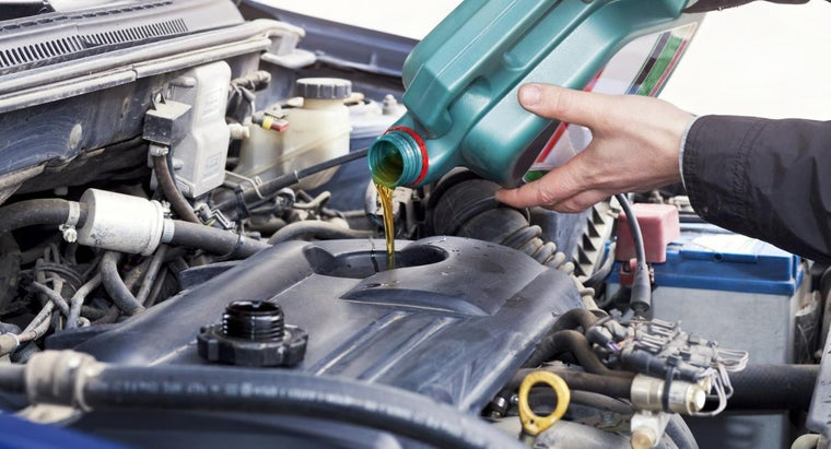 Are Transmission Oil Changes or Transmission Flushes More Expensive?