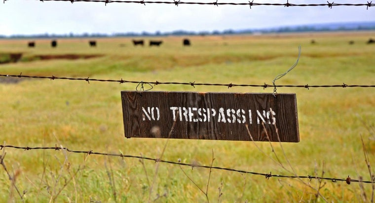 """What Is the """"no Trespassing Law"""" for Private Property?"""
