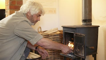 How Do You Use a Wood Stove?