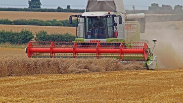 What Are the Uses of a Combine Harvester?