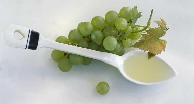 What Are Some Uses for Grapeseed Oil?