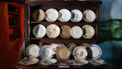 What Is the Value of My Collectible Plates?