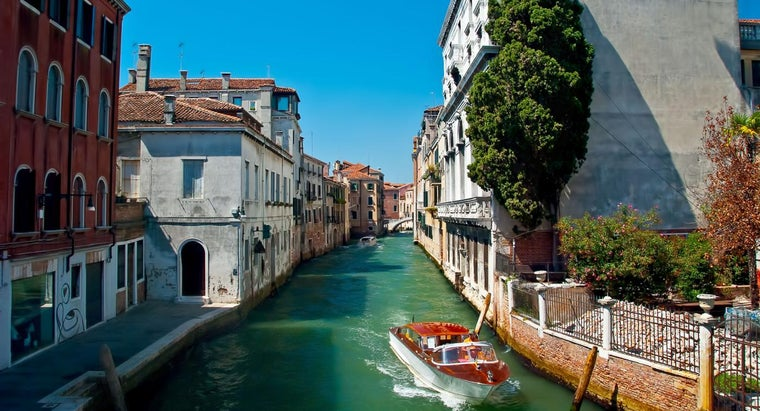 Why Is Venice Sinking?