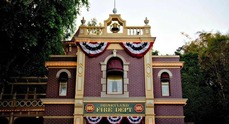 Where Was Walt Disney's Secret Apartment in Disneyland?