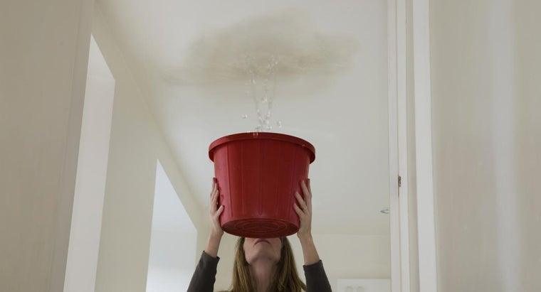 What Causes a Water Leak in the Ceiling?