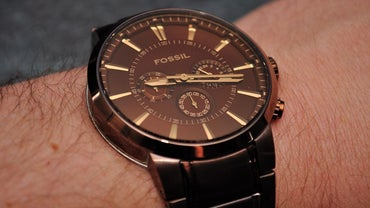 What size battery is in a fossil watch reference com