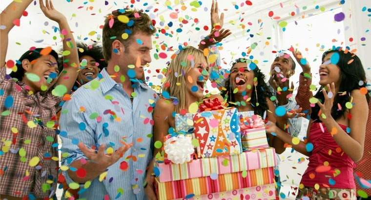 What Are Ways to Celebrate an 18th Birthday?