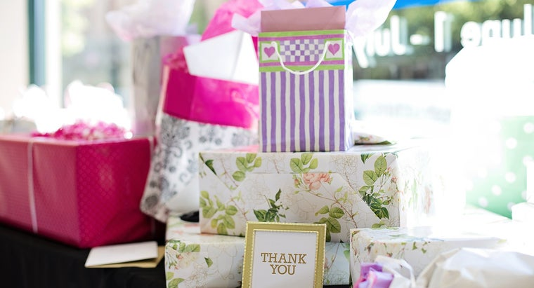 Wedding Gift Ideas to Fit Any Budget