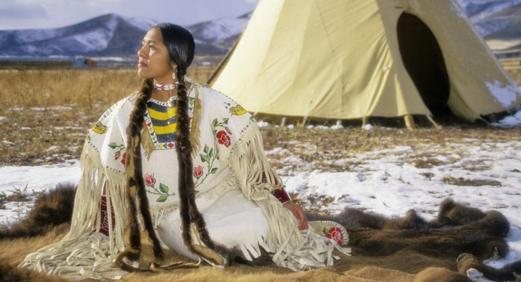 What Did the Native Americans Wear?