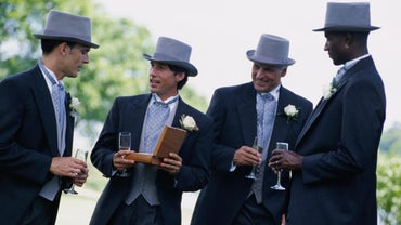 What Does a Groomsman Do?