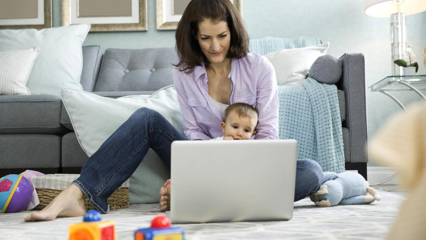What Does a Stay-at-Home Mom Put on Her Resume?