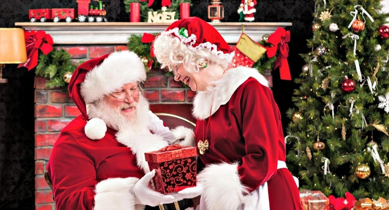 What Is Mrs. Claus' First Name?