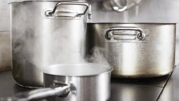 What Is the Best Cookware for Electric Stoves?