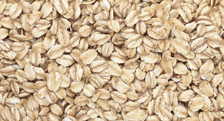 What Is the Difference Between Oats and Oat Bran?