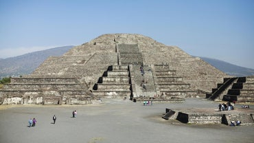 When Did the Aztec Civilization Begin?