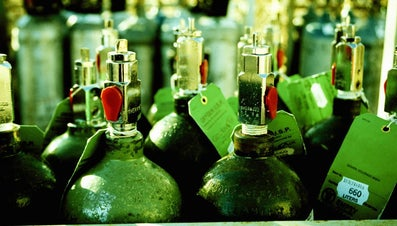 Why Can Gases Be Compressed?