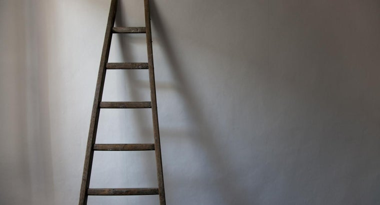 How Do You Build a Wood Ladder?