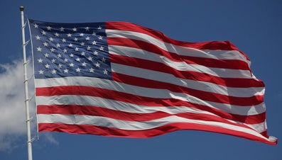 How Do You Get Wrinkles Out of a Nylon Flag?