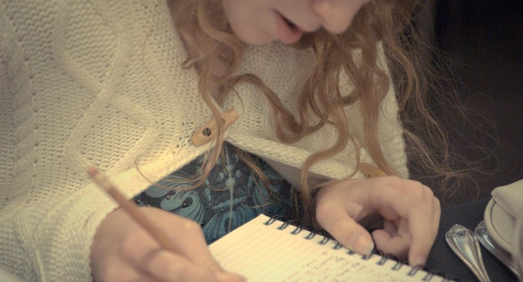 How Do You Write a Letter About Yourself?
