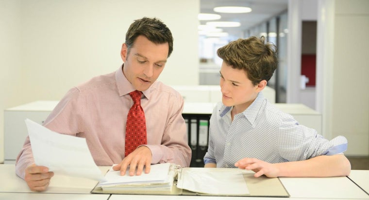 How Do You Write a Report on Work Experience?