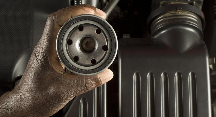 How Do You Determine Which Purolator Oil Filter Fits a Vehicle?