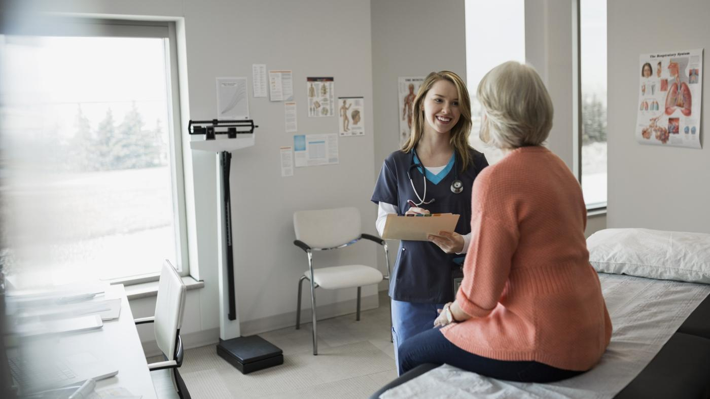 What Are the Job Duties of a Physician's Assistant?