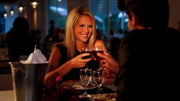 Which Dating Sites Offer Women Seeking Men Free Access?