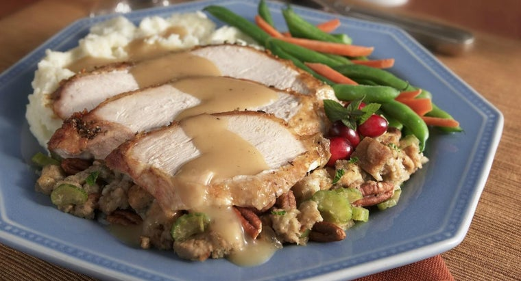 What Are Some Simple Turkey Gravy Recipes?