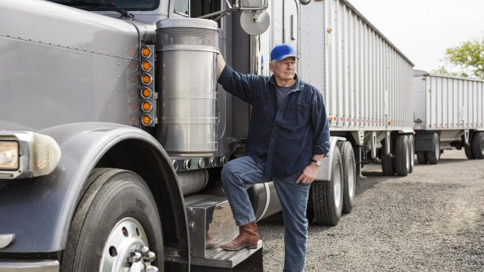 How Do You Determine the Values of Commercial Trucks?
