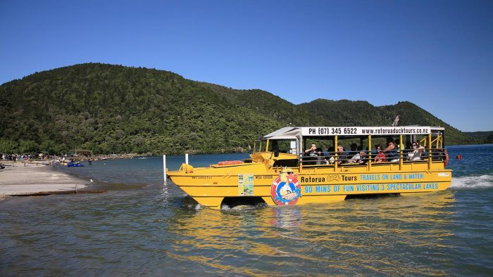 What Is the Seat Layout for a Duck Boat?