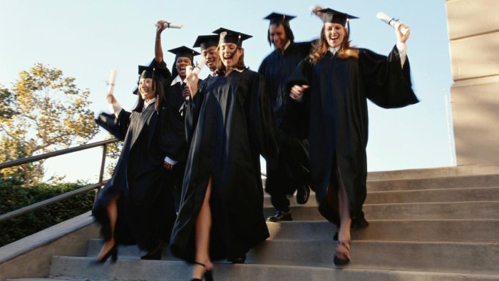 What Are Some Social Work College Degrees?