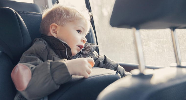 What Child Safety Seat Laws Are Applicable in All 50 States?
