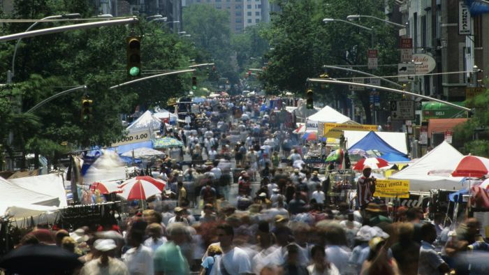 What Is the NYC Street Fair Schedule?