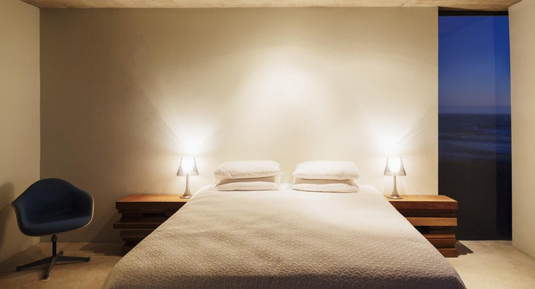 What Are the Dimensions of a Standard Full-Size Bed?
