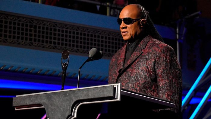 What are some Stevie Wonder hits?